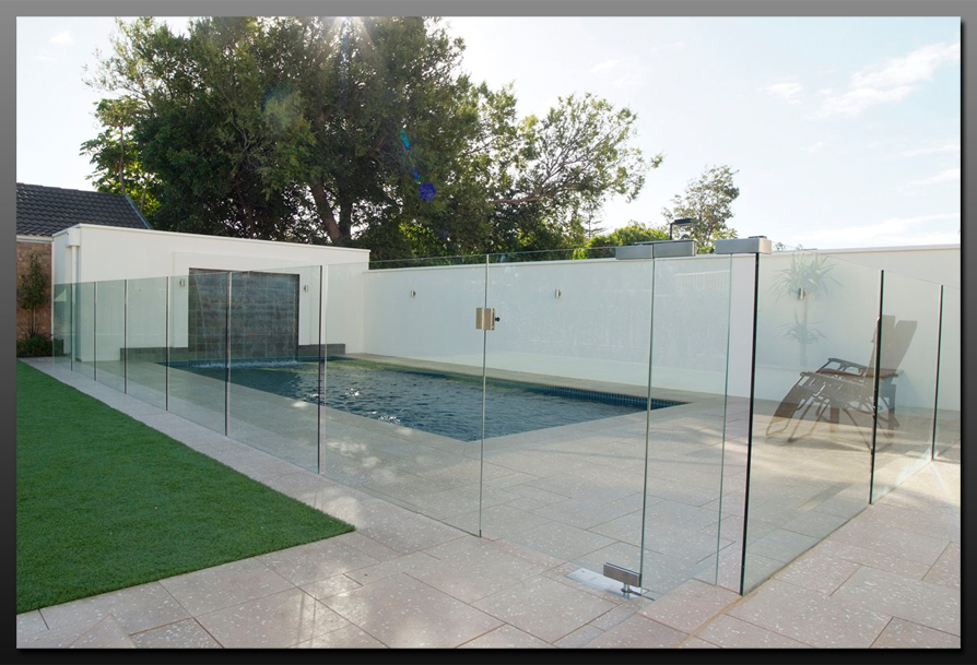 Hartley glass adelaide for Glass pool fences